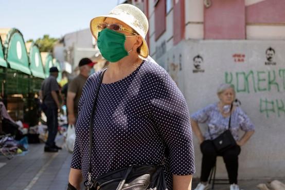 V Bosni in Hercegovini 398 na novo okuženih, v Srbiji 255