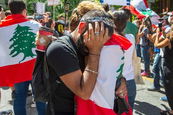 V Bejrutu štiri dni po eksploziji še vedno pogrešajo več kot  60 ljudi