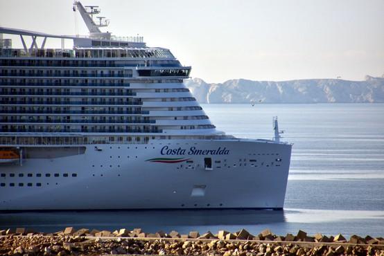 Francoski potniki vložili skupinsko tožbo proti družbi Costa Cruises