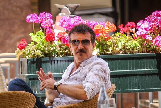 Španski igralec, filmski producent in režiser Antonio Banderas praznuje 60 let