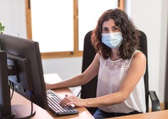 Zaradi sprejetih ukrepov ob pandemiji so se zaposlitvene možnosti žensk poslabšale
