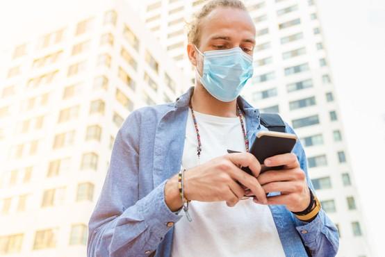 Mobilna aplikacija za opozarjanje na stike z okuženimi bo dostopna še ta mesec