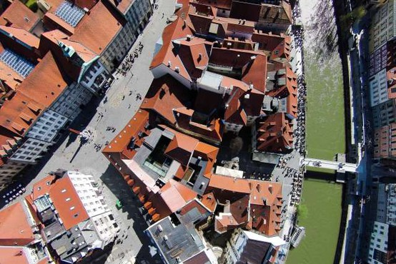 Poletni turistični utrip v Ljubljani ostaja šibek, hotelirji s sezono nezadovoljni