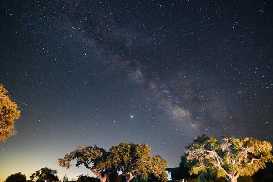 V noči, ki je pred nami, bo možno opazovati številne utrinke
