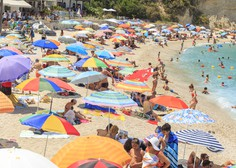 Italija uvedla obvezno testiranje na koronavirus ob prihodu iz Hrvaške, Grčije, Malte in Španije