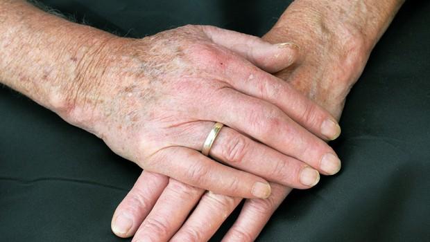 Odvzeti brisi v šmarskem domu upokojencev negativni (foto: profimedia)