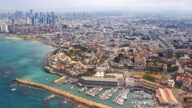 V Izraelu so ukinili obvezno karanteno za državljane 20 držav, tudi Slovence (foto: profimedia)