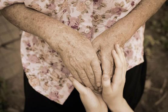 V hrastniškem domu starejših jih še vedno pesti pomanjkanja kadrov
