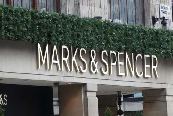 Trgovska veriga Marks and Spencer napovedala zmanjšanje števila zaposlenih