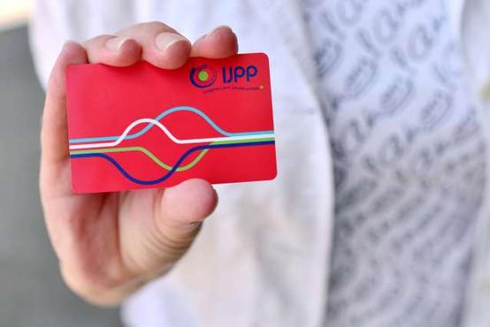 Upokojenci in drugi upravičenci so pridobili že skoraj 118.000 vozovnic za brezplačen prevoz