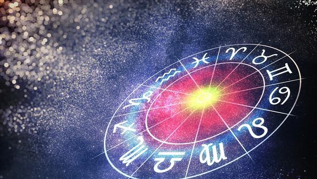 Okrogla obletnica: Pred 90 leti se je v časopisu pojavil prvi horoskop (foto: Shutterstock)