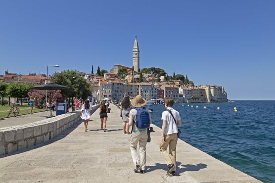 Na Hrvaškem rekordnih 255 novih okužb