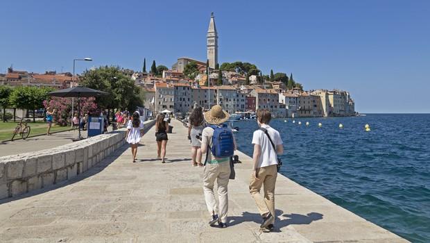 Na Hrvaškem rekordnih 255 novih okužb (foto: Profimedia)