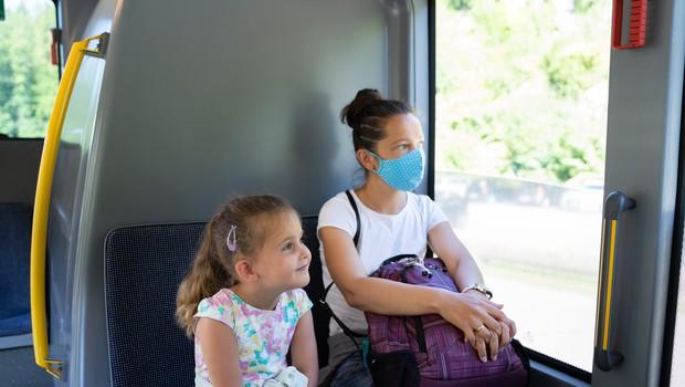 V sredo ob 1168 testiranjih 43 primerov okužb (foto: Profimedia)
