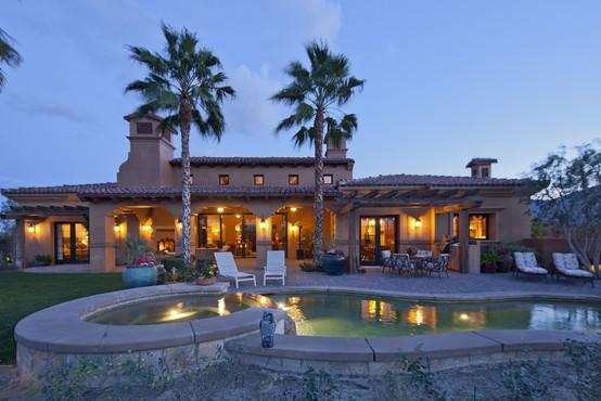 Našli smo štiri luksuzne vile, ki si jih lahko privoščite s turističnimi boni