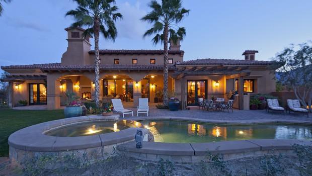 Našli smo štiri luksuzne vile, ki si jih lahko privoščite s turističnimi boni (foto: Profimedia)