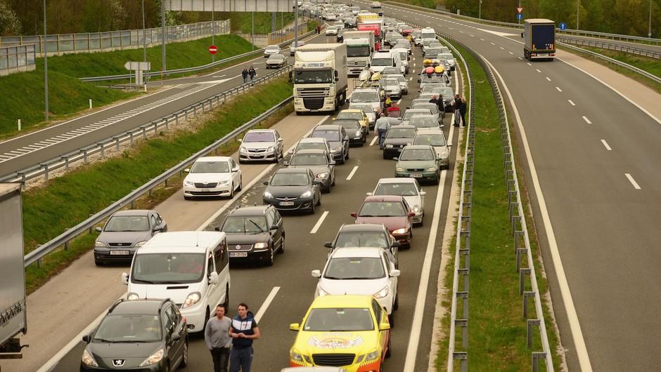 Pričakovane gneče na hrvaško-slovenski meji konec tedna ni bilo (foto: Profimedia)