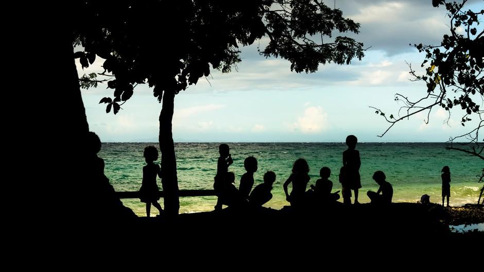Poziv k samoizolaciji za povratnike z dopusta na Hrvaškem (foto: profimedia)