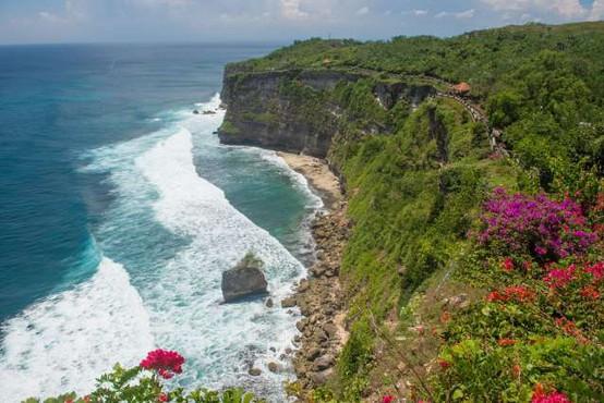 Bali bo za tuje turiste zaprt najmanj do konca leta