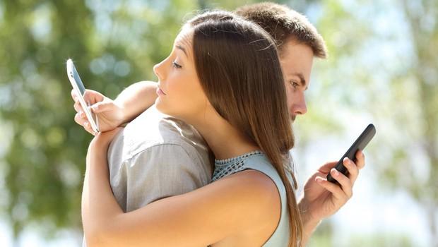Mladi iz generacije Z se 'ustrašijo' spletne komunikacije, ki se konča s PIKO! (foto: profimedia)