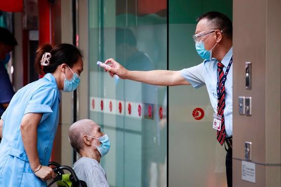 33-letnik iz Hongkonga se je po nekaj mesecih še enkrat okužil s koronavirusom