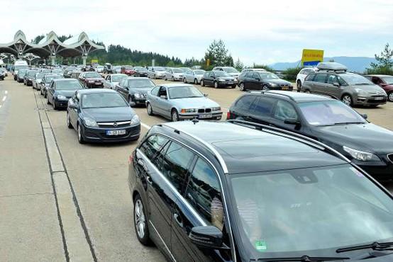 Na meji z Avstrijo ta konec tedna ponovno možni zastoji