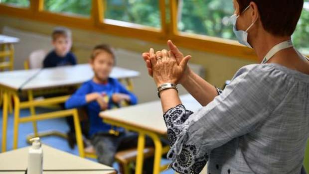 Po oceni ministrice so šole na začetek novega šolskega leta pripravljene (foto: Tamino Petelinšek/STA)