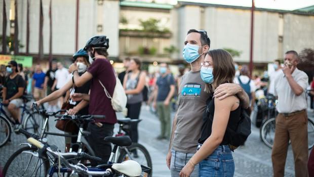 Tema 19. petkovega protesta okoljska tematika in minister Vizjak (foto: profimedia)