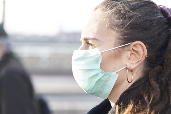 Na Hrvaškem še vedno visoko število dnevnih okužb
