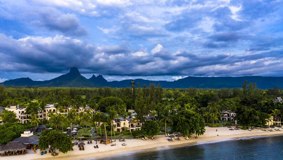 Po izlitju nafte z nasedle ladje je izginila idilična podoba Mauritiusa (foto: profimedia)