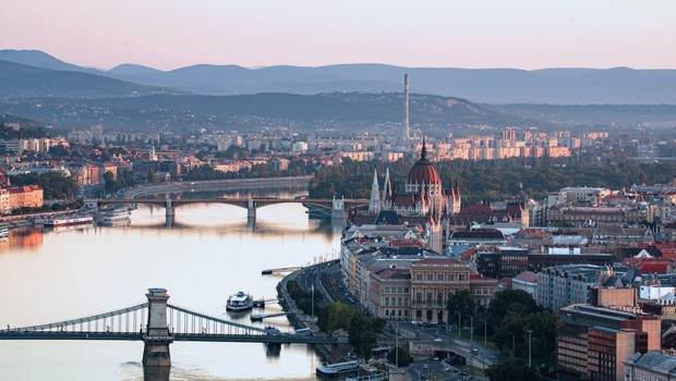Na Madžarskem se število okuženih hitro povečuje (foto: profimedia)