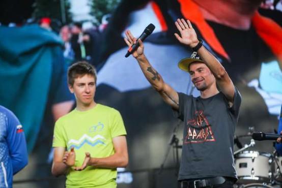 Dvojno slovensko slavje v Franciji, Roglič pred Pogačarjem v četrti etapi