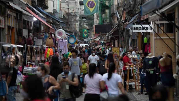 Za ljudi, ki nočejo nositi zaščitnih mask, so značilne sociopatske tendence (foto: brazilija)