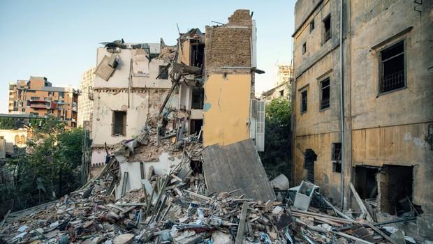 Mesec dni po bejrutski eksploziji so pod ruševinami zaznali srčni utrip (foto: profimedia)