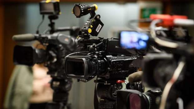 Zadnji dan za javno razpravo o predlaganih novelah treh medijskih zakonov (foto: STA/Nebojša Tejić)
