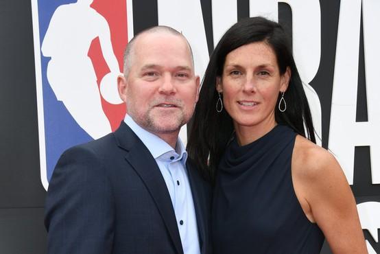 NBA: trener Mike Malone je obupan, ker že 60 dni ni videl družine