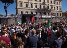 Rimljani protestirali zaradi protikoronskih ukrepov, ki omejujejo svobodo