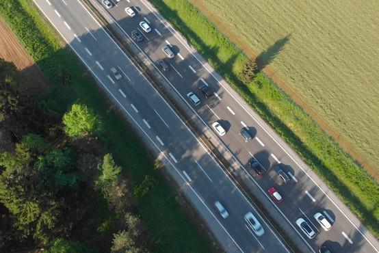 Na gorenjski avtocesti pri Kranju v smeri proti Ljubljani začetek obsežnejših obnovitvenih del