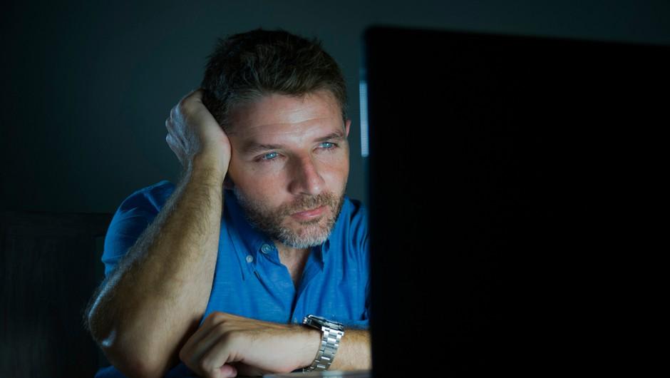 Nova študija: gledanje pornografije naj ne bi imelo slabih vplivov na spolno življenje (foto: Shutterstock)