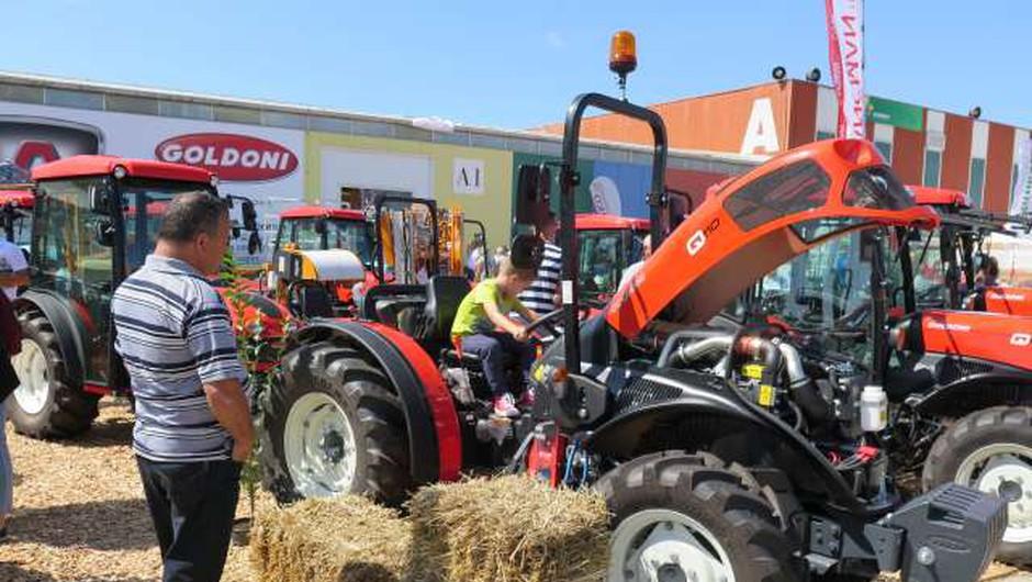 Začenja se kmetijsko-živilski sejem Agra, ki bo letos potekal prek spleta (foto: Andreja Seršen Dobaj/STA)