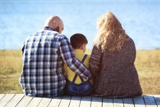 Moški z 'očetovskim telesom' dajejo vtis dobrih očetov in zvestih partnerjev