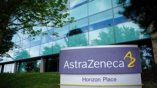 AstraZeneca kljub prekinitvi testiranja napoveduje cepivo do konca leta (foto: Xinhua/STA)