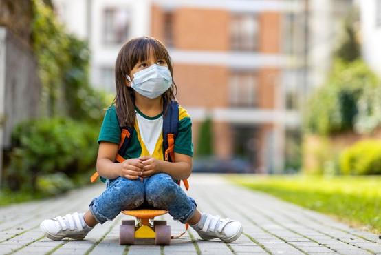 V Sloveniji se je število dnevnih okužb prvič povzpelo čez stotico