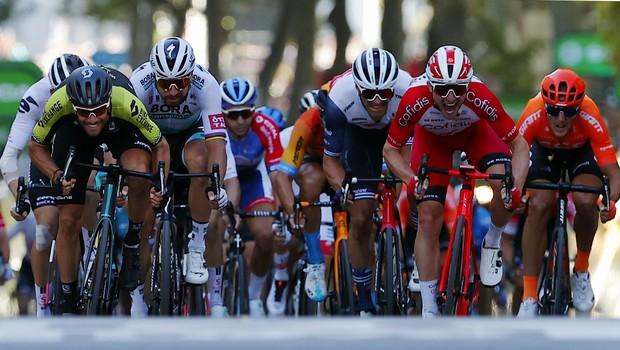 V 14. etapi presenetil Luka Mezgec, Roglič in Pogačar ostala na vrhu v seštevku (foto: profimedia)