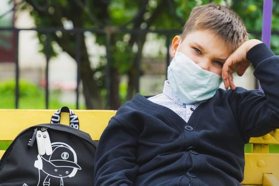 V soboto je v Sloveniji število okuženih padlo tik pod stotico