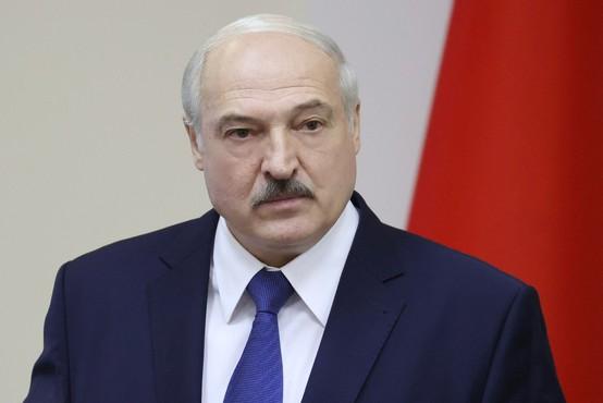 Lukašenko v Moskvo po podporo in pomoč k Putinu