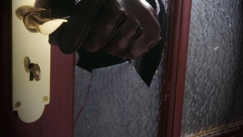 Iz vrtca vlomilci ukradli sladkarije, iz slaščičarne pijačo (foto: Profimedia)