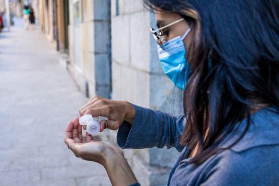 V nedeljo potrdili 47 okužb, v Domu Nine Pokorn skupaj deset okuženih