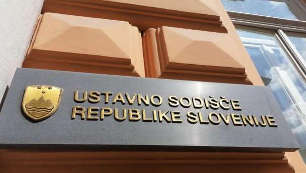 Ustavno sodišče: Omejitev gibanja na občine je bila skladna z ustavo (foto: Zlatko Midžić/STA)