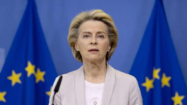 Ursula von der Leyen: Cilj znižanja emisij do leta 2030 naj se dvigne na najmanj 55 odstotkov (foto: Thierry Monasse/STA)